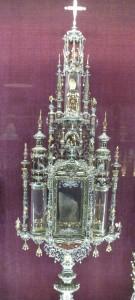 Heute befindet sich das kostbare Stück in der Reliquienkammer neben der Reichen Kapelle (Raum 95)